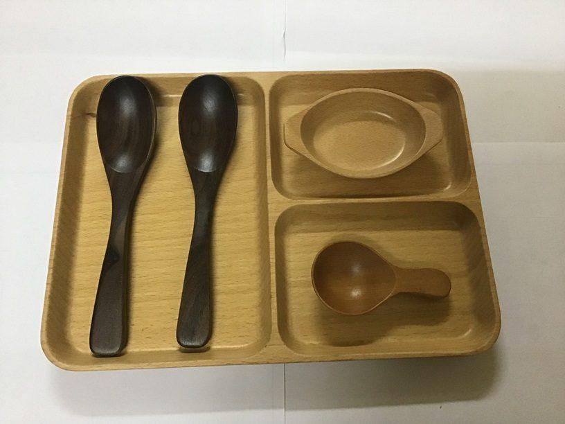dụng cụ nhà bếp bằng gỗ